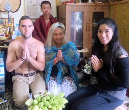 Can a Female get a Sak Yant from a Monk